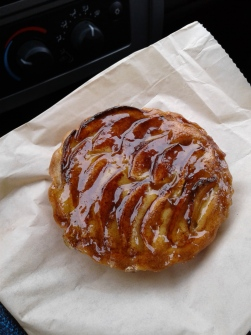 Brown butter apple tartlet